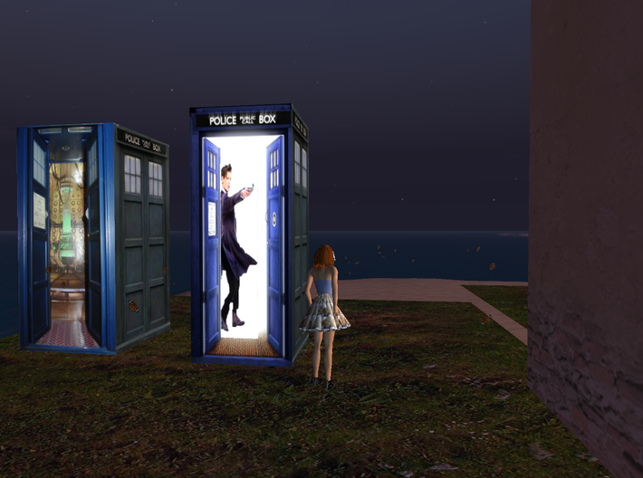 Matt Smith In TARDIS with sonicsrewdriver 3d printed the tardis I downloaded the model from