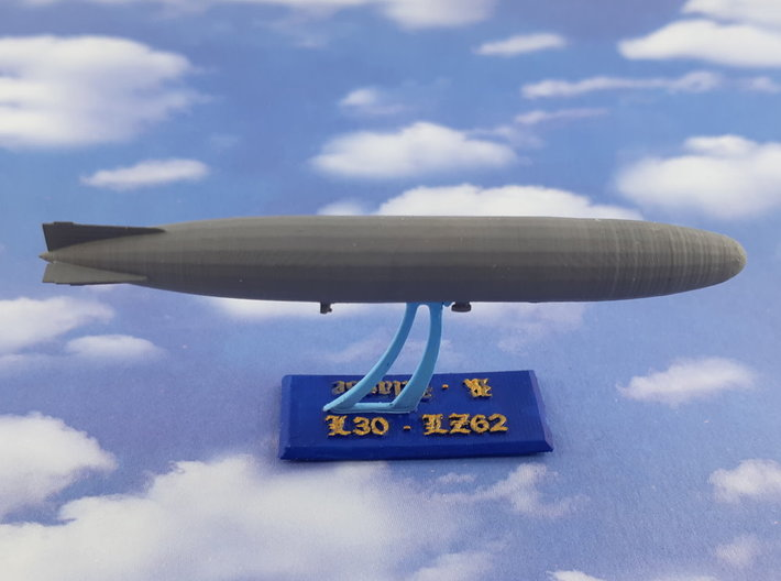 German Airship Zeppelin L30 (LZ62) 1/2400 3d printed w/o Base / ohne Ständer