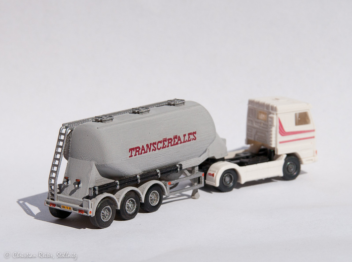 N scale 1/148 Feldbinder flour/grain trailer tank 3d printed This is a customers 1/160 scale verion.