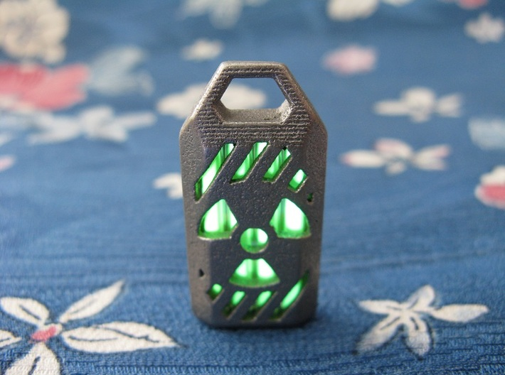 Radiation Lantern 1: Tritium (All Materials) 3d printed In this picture the phosphorus coating on the tritium vial is being energised by UV light.