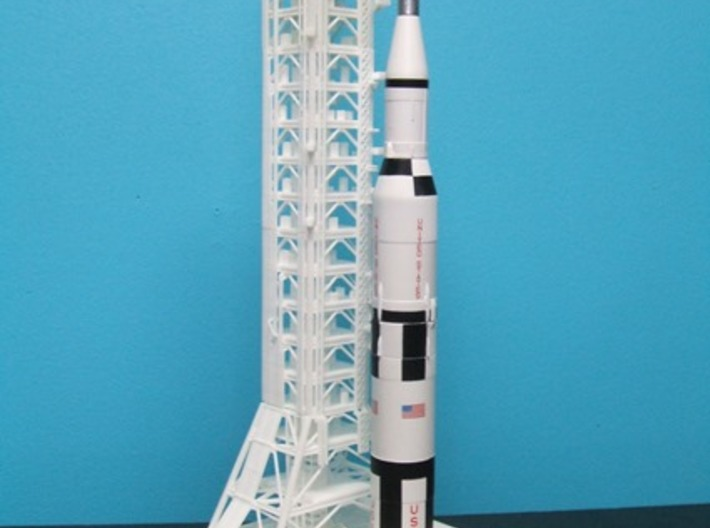 1/400 NASA LUT Crane (Launch Umbilical Tower) 3d printed A customers unfinished LUT with Saturn V & MLP.