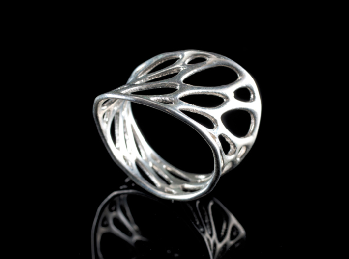 1-layer twist ring 3d printed in sterling silver