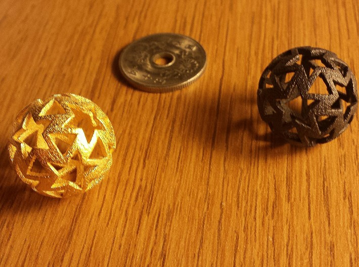 12-star ball 3d printed Polished Gold & Matte Black Steel