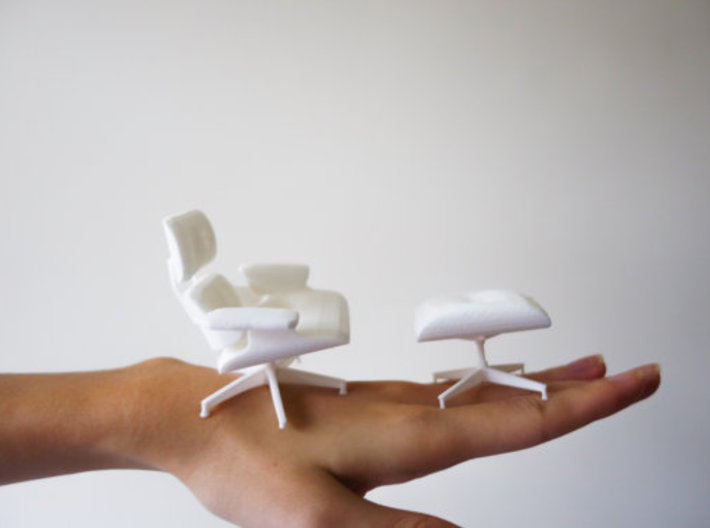 Eames Lounge and Ottoman - 6.7cm tall (1:12) 3d printed