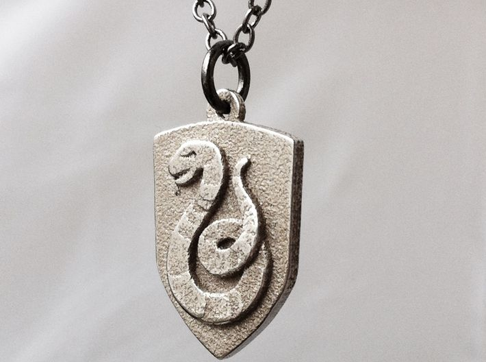 Slytherin Crest Necklace 3d printed