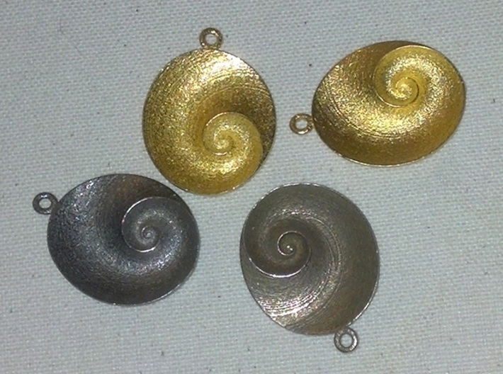Spiral Pendant (QIII_g2) 3d printed QIV examples.