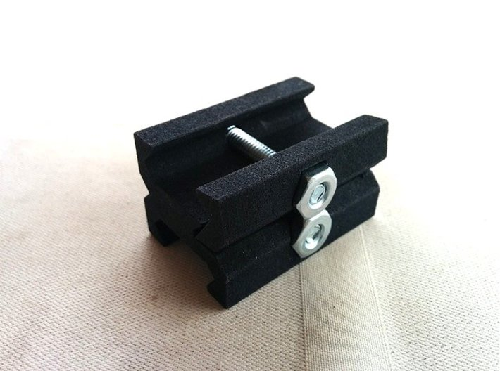 Picatinny to Picatinny Clamp Adapter 3d printed