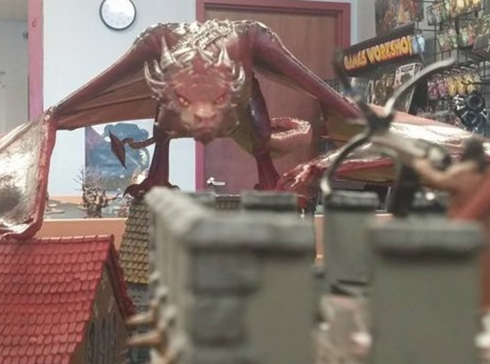 Dragon 3d printed Lone survivor facing down the horror