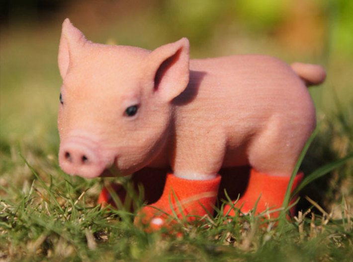 Piglet In Red Boots 3d printed