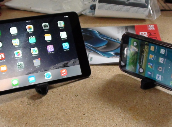 Tablet/Ipad Stand/KeyChain  3d printed