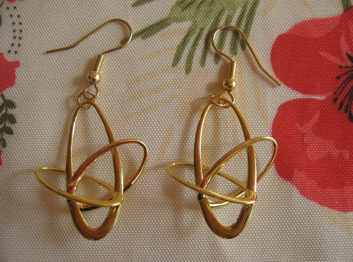 Three-Torus V4 Earrings 3d printed