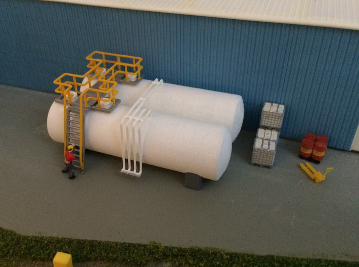 N Scale Tank Farm walkway, ladder and pipes 3d printed Tanks in Polished White Strong&Flexible, walkway and pipes in Frosted Ultra Detail.