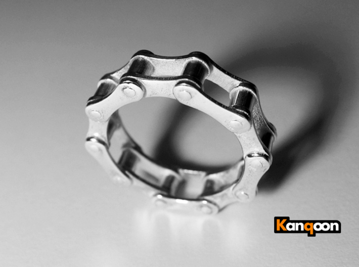 Violetta S. - Bicycle Chain Ring 3d printed Preversion Polished Silver printed in US 7 - All plates now a little bit thicker to the  inside -see in  all other pictures